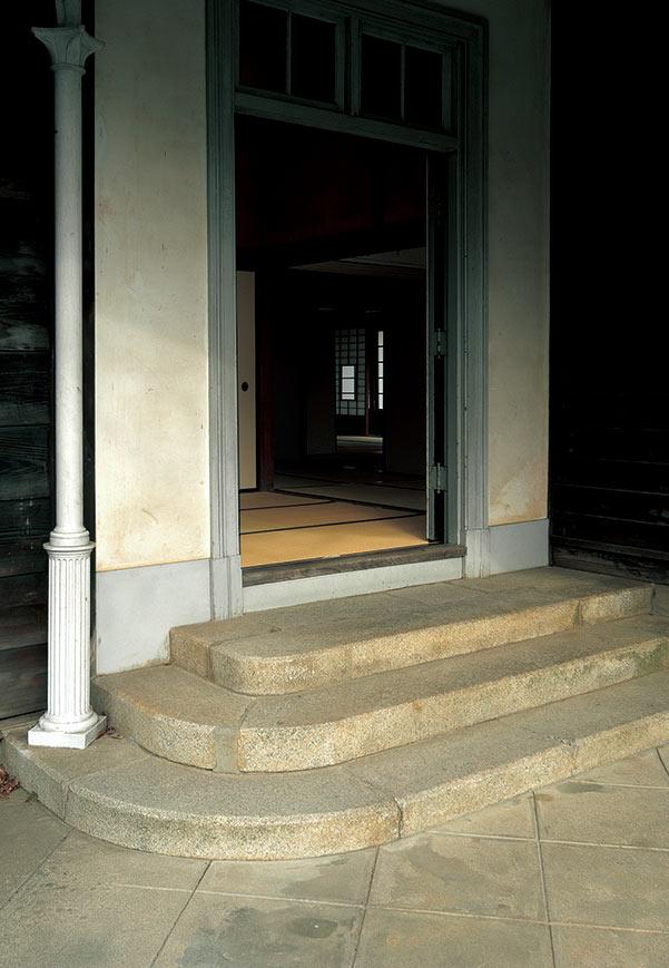 [鎌倉時代〜明治維新前後] 床が日本人の暮らしに与えたもの